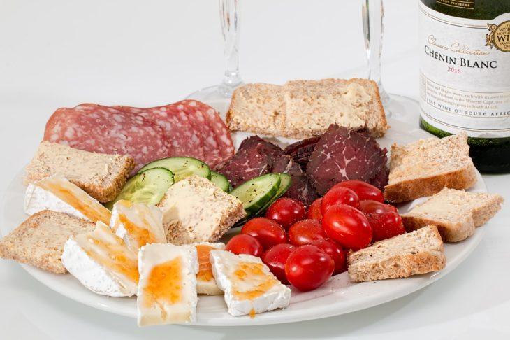 身長を伸ばしたいならカルシウムよりもタンパク質を摂るべき!