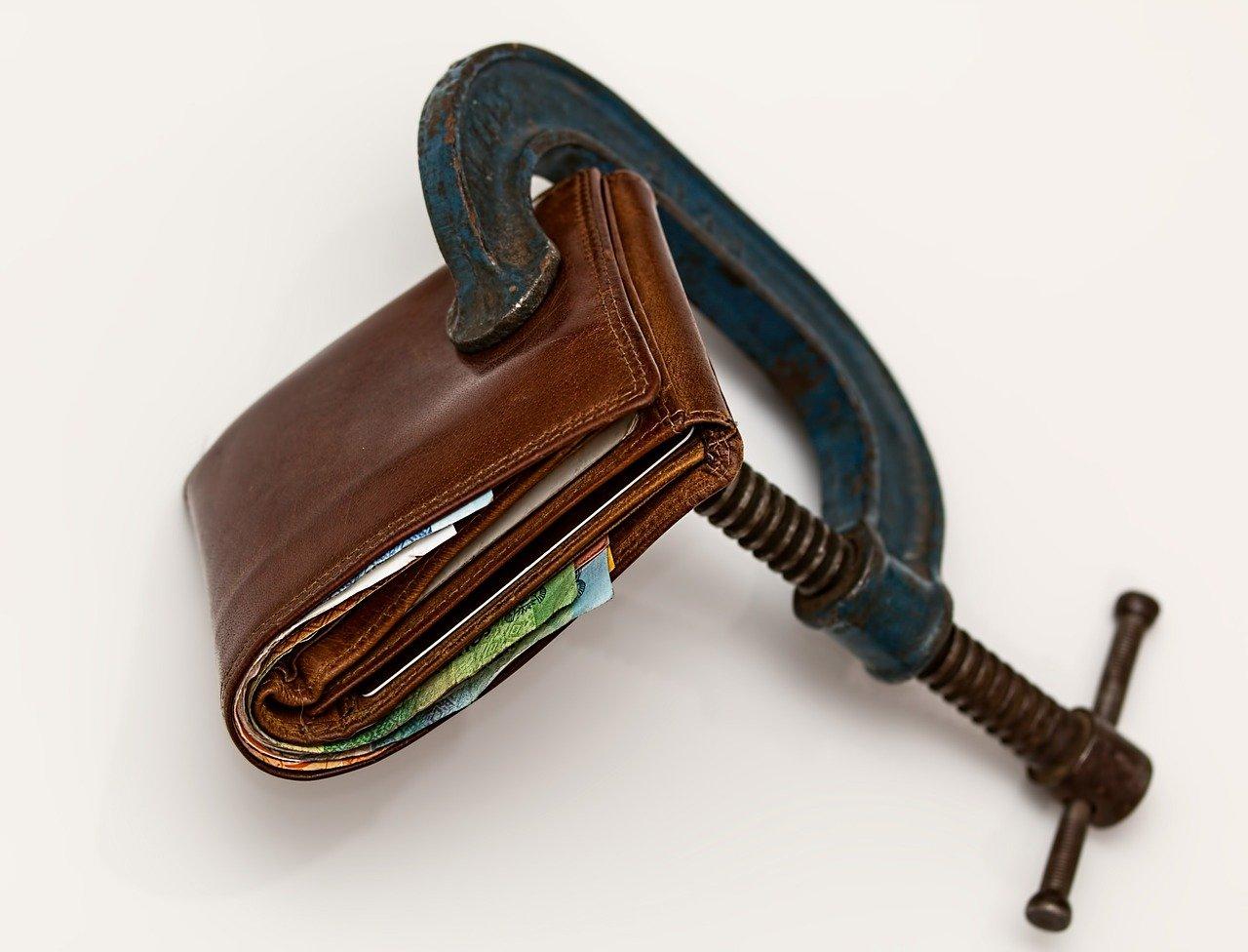 税金の支払いは3年目からが本番!そう言われる理由について解説します。